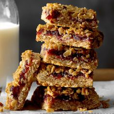 Swap out the flour and remove nuts — Cranberry Bog Bars ****** Sweet and chewy, these fun bars combine the flavors of oats, cranberries, brown sugar and pecans. Cranberry Bog, Cranberry Dessert, Cranberry Recipes, Fruit Recipes, Sweet Recipes, Holiday Recipes, Dessert Recipes, Cranberry Sauce, Recipies