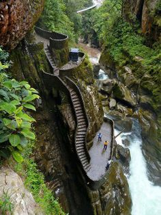 Canyon Staircase is located next to the waterfall Pailon del Diablo in Ecuador. The Paílón del Diablo is a fairly large waterfall (located on the Pastaza River) just 30 minutes away from the town of Baños in Ecuador Places Around The World, The Places Youll Go, Places To See, Around The Worlds, Vacation Trips, Vacation Spots, Vacation Travel, Beautiful World, Beautiful Places