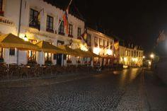 Thorn, het witte stadje aan de Maas in Nederland - Plazilla.com