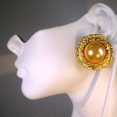 Round Gold n Pearl Clip Earrings 1980s UnusedGift Worthy