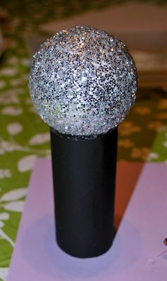 If you are going to an accept an award you need a microphone - get the kids to make their own.   How to.... do something: How to make play microphones