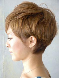 ミニマムショート Medium Short Hair, Short Hair Cuts For Women, Short Cuts, Medium Hair Styles, Short Hair Styles, Beauty Box, Hair Beauty, Grow Out, Pixie Hairstyles