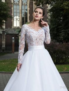 A lace-sleeved wedding gown is the most popular bridal style that went through many centuries and has recently become a fashion trend again. The lace attracts attention instantaneously, so it is usually used to make those parts of the dress that are to catch all eyes. No wonder that