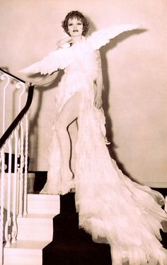 The glamorous MARLENE DIETRICH appeared as Leda and the Swan at an elegant costume party hosted by Countess Dorothy di Frasso. A tireless party giver at her Coldwater Canyon mansion on the 4th of July 1935. The theme was 'come as the person you most admire.' Hollywood the Glamour Years (1919-1941) by Robin Langlley Sommer (1987) (s'il vous plaît suivre minkshmink sur pinterest) (please follow minkshmink on pinterest) #marlenedietrich #fancydress #ledaandtheswan #countessdifrasso #glamour