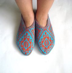 womens slippers, knitted slippers, turquoize blue orange Turkish Socks girl Slippers, knitted home shoes, womens slippers, house shoes by AnatoliaDreams on Etsy https://www.etsy.com/listing/209460354/womens-slippers-knitted-slippers