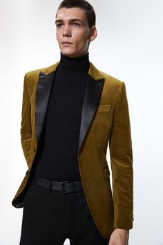 Velvet Blazer Mens, Blazer Outfits, Blazers For Men, Welt Pocket, Contrast, Zara, Long Sleeve, Model, Jackets