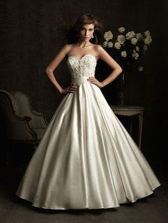 ballgown and sweetheart #wedding dress