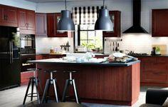 cuisine ilot centrale bois rouge