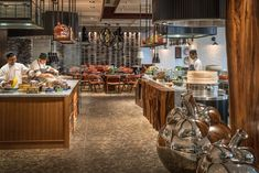 Shangri-La Hotel, Colombo presents a new level of luxury in the city. Restaurant Lighting, Restaurant Bar, Workshop Cafe, Barcelona Bars, Fold Up Beds, Pub Interior, Gastro Pubs, Shangri La Hotel, City Restaurants
