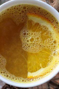 Vitamine in der Tasse! Und mit Schuss … versteht sich … So ein leckeres Heißgetränk im Winter ist schon was tolles. Es wärmt von innen und macht irgendwann auch noch lustig und locker …