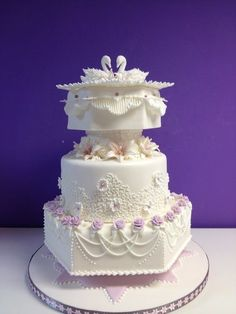 Lovely Royal Icing Decorated Cakes with regard to Double Swan Wedding Cake Royal Icing Wedding Cake Icing, Wedding Cake Cookies, Floral Wedding Cakes, White Wedding Cakes, Elegant Wedding Cakes, Trendy Wedding, Amazing Wedding Cakes, Amazing Cakes, Pretty Cakes