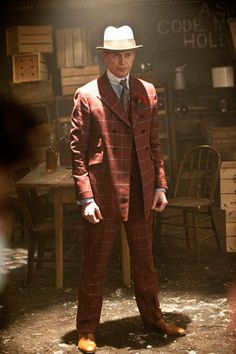 Nucky Thompson....Mobsters had fashion down to an artform.....