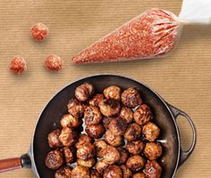 Bästa köttbullarna - lär dig rulla perfekta köttbullar Mince Meat, Swedish Recipes, Comfort Food, Baked Potato, Almond, Chicken, Baking, Ethnic Recipes, Potato Fry