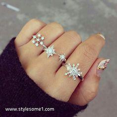 Snowflake rings--pretty!