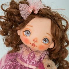 I'm happy! Her mommy loves her very much❤. #alicemoonclub #ooak #fabricdolls #handmade #clothdoll #heirloomdoll #cotton #doll #homedecor #interiordolls #artwork #인형#娃娃 #kawaii #artdolls #vintage #unique #picoftheday #puppet #dollmaker #etsyseller #like4like #dollstagram #handmadedoll #dollscollection #dollforsale #giftideas #chery #softdoll #etsyshop