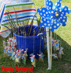 Cute and easy favor idea for a kid's fishing themed birthday party - Modern Gone Fishing Party, Ice Fishing, Fishing Lures, Fishing Tackle, Fishing Rods, Carp Fishing, Tuna Fishing, Fishing Party Games, Bass Lures