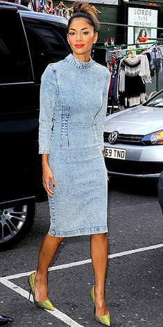 STONEWASHED DENIM DRESSES photo | Nicole Scherzinger i actually like this dress!