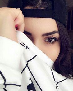 Stylish dpz for girlz Model Poses Photography, Cute Girl Poses, Girl Photo Poses, Girl Photos, Teenage Girl Photography, Stylish Girls Photos, Selfie Poses, Girly Pictures, Cute Girl Photo