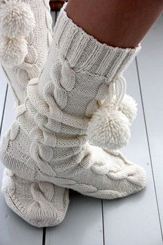 wish I could knit these look soo cozy!