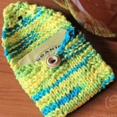 Free Knitting Pattern - Cozies: Tea Toters Wallets