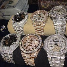 """Ice tray the gang"" 💦❄ Cute Jewelry, Body Jewelry, Jewelry Accessories, Jewlery, Bling, Diamond Are A Girls Best Friend, Mode Style, Luxury Jewelry, Fashion Watches"