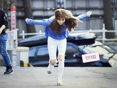 Moonbyul, is this the Naruto run?