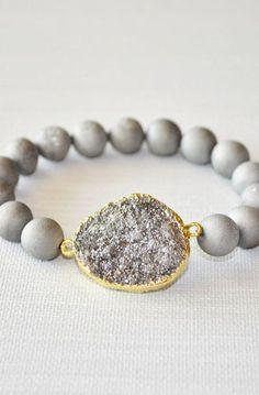 Silver druzy bracelet stretch bracelet with druzy Agate beads
