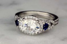 Simple Shopping Engagement Ring Inspiration - Deciding On Convenient Plans In Buying Pretty Engagement Rings - Edalan Weddings Cinderella Engagement Rings, Pretty Engagement Rings, Halo Engagement, Gold Diamond Wedding Band, Diamond Bands, Pretty Rings, Beautiful Rings, Jewelry Gifts, Jewelery