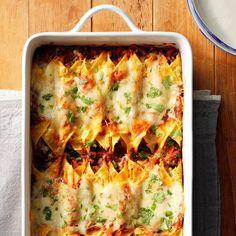 Smoky Sweet Potato and Black Bean Enchiladas – Easy Recipes Potluck Recipes, Mexican Food Recipes, Vegetarian Recipes, Ethnic Recipes, Vegetarian Dish, Dump Recipes, Vegan Dishes, Summer Recipes, Easy Recipes