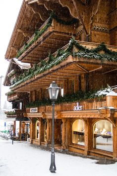 Gstaad is a popular ski resort, one of the largest in the Alps. The Swiss town is home to hotels, luxury shops and traditional restaurants. Gstaad Switzerland, Switzerland Trip, Popular Holiday Destinations, Ski Holidays, French Alps, Swiss Alps, Top Hotels, Winter Travel, Places Around The World