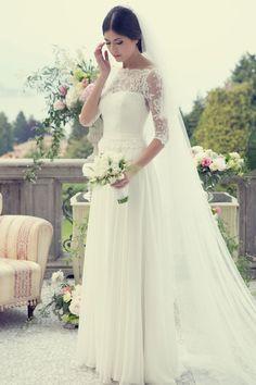 Couture Hayez Sposa la Leggerezza a Villa Muggia Stresa - Best Wedding Gowns Tulle Wedding Gown, Modest Wedding Dresses, Designer Wedding Dresses, Bridal Dresses, Berta Bridal, Gowns With Sleeves, Beautiful Dresses, Marie, Dress Wedding