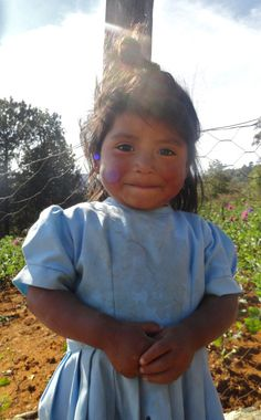 Indigenous little girl #Chiapas #Tzotzil #Indigenous