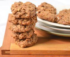 Spelt Oatmeal Raisin Cookies (Sub coconut sugar for brown sugar. Spelt Recipes, Whole Food Recipes, Cookie Recipes, Flour Recipes, Free Recipes, Homemade Oatmeal Cookies, Oatmeal Raisin Cookies, Healthy Cookies, Healthy Desserts