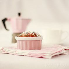 breakfast, love the pink and the souffle!