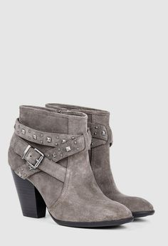 Getting something like these for spring. Heel length is perf!