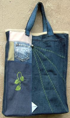 Jeansbeutel - verziert und mit gestickten Blättern