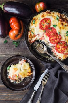 Alive And Cooking, Jamie Oliver, Mousaka Recipe, Vegetarian Recipes, Cooking Recipes, Oven Dishes, Greek Recipes, Perfect Food, Food For Thought
