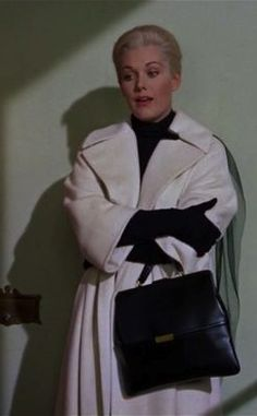 Kim Novak in 'Vertigo' (1958). Costume Designer: Edith Head