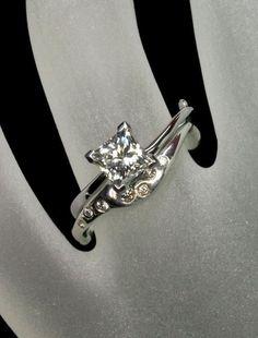 Princess cut Diamond engagement ring - Aurora