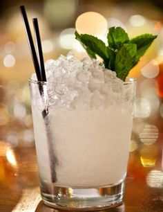 Mai-Tai (rum, lime juice, orange Curaçao, orgeat). Photo: Tony Cenicola/The New York Times