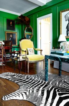 Jared Seligman's preposterous (-ly amahzing) New York living room.