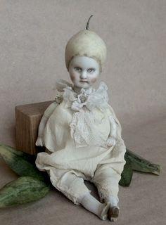 Toys In The Attic, Doll Parts, Cute Creatures, Old Toys, Bjd Dolls, Vintage Dolls, Beautiful Dolls, Folk Art, Shabby Chic