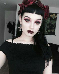 12 best vampire hair images pretty hairstyles cute hairstyles rh pinterest com