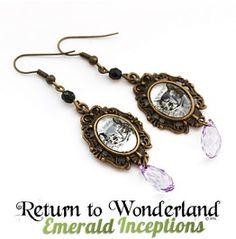 Cheshire Cat Alice Wonderland Earrings