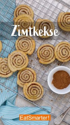 Zumindest für alle Zimt-Verrückten: Zimtschnecken als Plätzchen! Sugar Cookie Recipe Easy, Best Sugar Cookies, Peanut Butter Cookie Recipe, Easy Cookie Recipes, Easy Chocolate Chip Cookies, Chocolate Cookie Recipes, Healthy Chocolate, Cake Mix Cookies, Cookies Et Biscuits