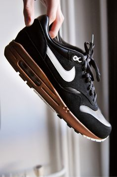 Nike Air Max 1 Premium Black/Brown