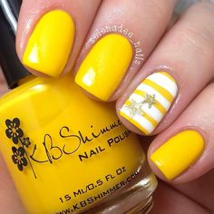 40 Yellow Nail Art Ideas Simple and cute looking yellow nail art design, a combination of matte and striped designs. The stripes are composed of white and yellow nail polish with star shaped silver dust polish on top. Yellow Nails Design, Yellow Nail Polish, Yellow Nail Art, Stripe Nail Art, Yellow Toe Nails, Bright Nails, Polish Nails, White Nails, Uñas Color Neon