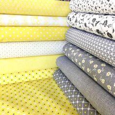 Smotanová so žlto šedými bodkami česká bavlna - Kvetinovelatky.sk - online obchod s Bavlnenou metrážou Cotton Fabric, Cotton Textile