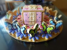 3-D Cookie Box and Butterflies | Cookie Connection