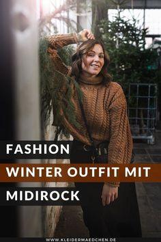 Werbung. Auf dem Kleidermaedchen Modeblog zeige ich ein Winter Outfit mit Strickpullover, Jeansrock und Schnürstiefeln. Zudem gebe ich dir Tipps, wie du einen gemütlichen Winterlook kreieren kannst. www.kleidermaedchen.de #winteroutfit #strickpullover #jeansrock #schnürstiefel